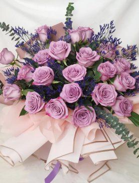 Ramo de Rosas Lila