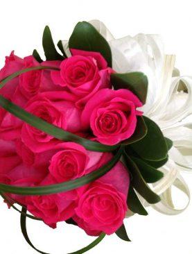 Ramo de novia con rosas fucsia